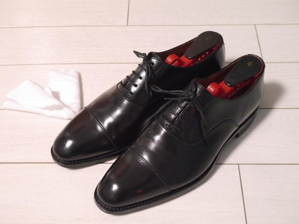 靴が塗れてしまった時の対処法 シューキーパーを入れる