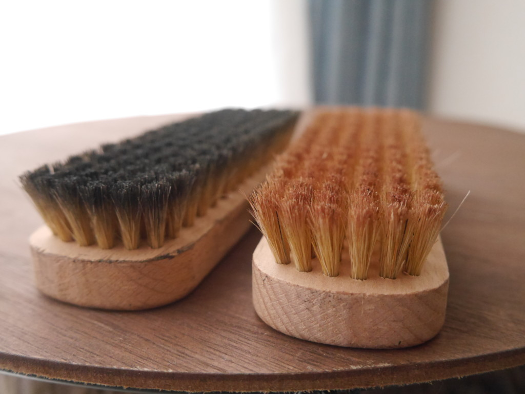 靴磨きブラシ 豚毛ブラシ
