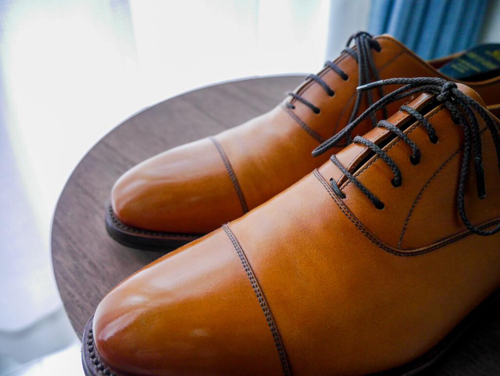 茶色の靴 エイジング