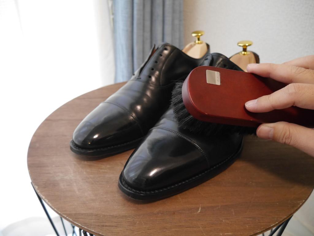 革靴の傷 ブラッシング